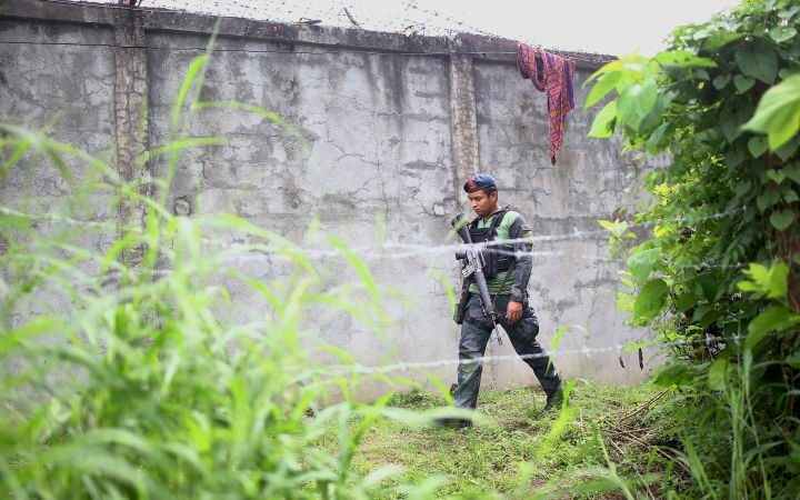 21 caught after mass prison escape in Philippines; guard killed during attack   CNN